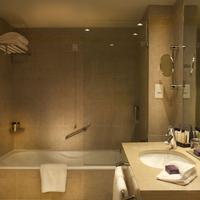 코린티아 호텔 리스본 Bathroom