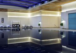 메리어트 이스탄불 호텔 시슬리 - 이스탄불 - 수영장