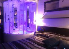 Hotel Memory - 리미니 - 침실