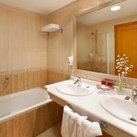 Fañabe Costa Sur Bathroom