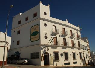 Hotel Restaurante Blanco y Verde