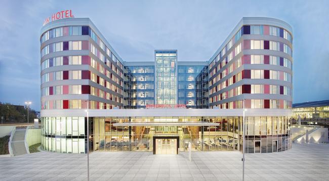 모벤픽 호텔 슈투트가르트 에어포트 앤 메세 - 슈투트가르트 - 건물