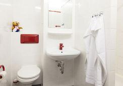 A&O 베를린 콜럼버스 - 베를린 - 욕실