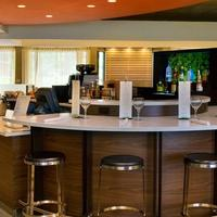 Courtyard by Marriott Newark Liberty International Airport Bar/Lounge
