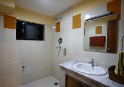 로얄 아스토리아 호텔 - 카트만두 - 욕실