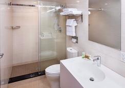 Jaslin Hotel - 시카고 - 욕실