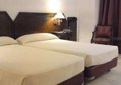 호텔 투리아 - 발렌시아 - 침실