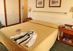 호텔 델레 비토리에 - 로마 - 침실