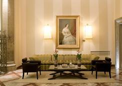 그랜드 호텔 카보르 - 피렌체 - 로비