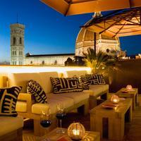 그랜드 호텔 카보르 Terrace/Patio