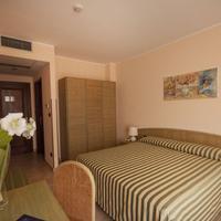 Rina Hotel Guestroom