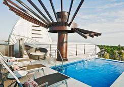 Senator Banus Spa Hotel - 에스테포나 - 수영장