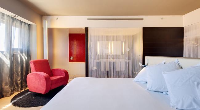 호텔 바르셀로 말라가 - 말라가 - 침실