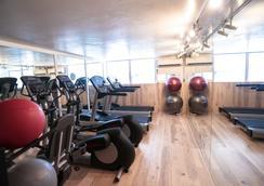 와이키키 게이트웨이 호텔 - 호놀룰루 - 체육관