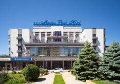 Marins Park Hotel - 로스토프나도누 - 야외뷰