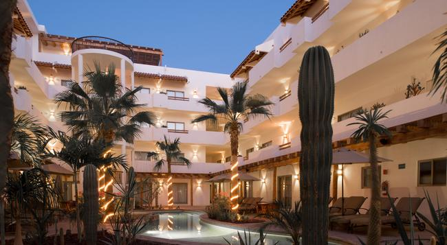 Hotel Santa Fe Loreto by Villa Group - 로레토 - 건물