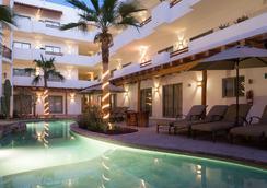 Hotel Santa Fe Loreto by Villa Group - 로레토 - 수영장