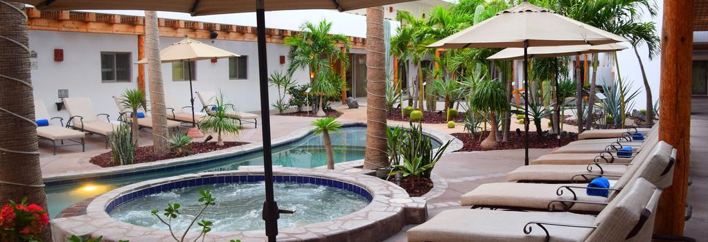 Santa Fe Luxury Residences - 로레토 - 수영장