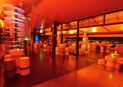실큰 푸에르타 아메리카 호텔 마드리드 - 마드리드 - 라운지