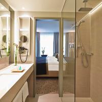 스타이겐베르거 호텔 암 칸즐러암 Steigenberger Hotel Am Kanzleramt, Berlin, Germany - Superior room bathroom