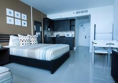 디자인 스위트 앳 캐슬 비치 - 마이애미비치 - 침실