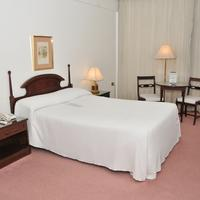 Hotel Excelsior Guestroom