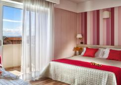 Hotel Villa Bianca - 리미니 - 침실