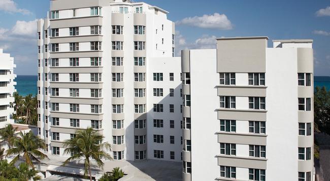 더 팜스 호텔 앤드 스파 - 마이애미비치 - 건물