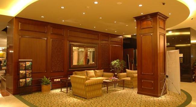 호텔 사리나 다카 - Dhaka - 라운지