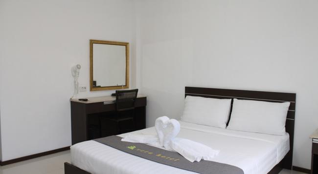 베라 호텔 - Angeles City - 침실