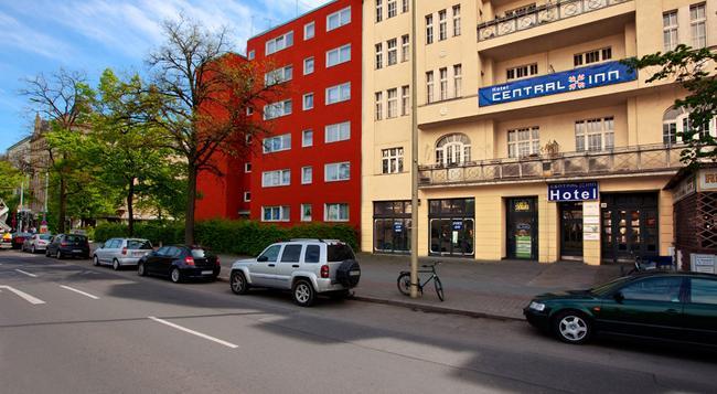 호텔 센트럴 인 암 하우프트반호프 - 베를린 - 건물