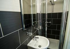 컴포텔 GRN - 런던 - 욕실