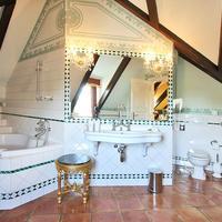 알키미스트 노스티보카 팰리스 Deluxe Room Bathroom