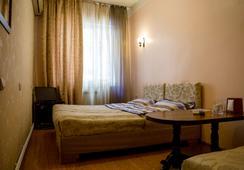 Crown Hotel - Yerevan - 침실