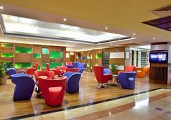 더 페닌슐라 치타공 호텔 - Chittagong - 라운지