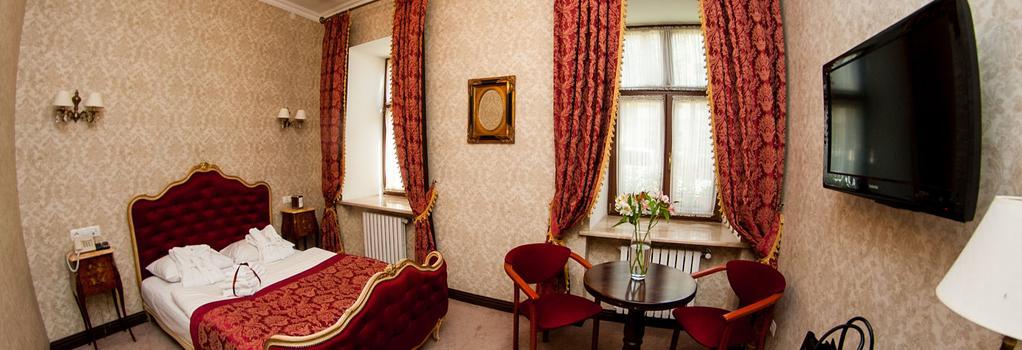 Saint Feder Hotel - 리보프 - 침실