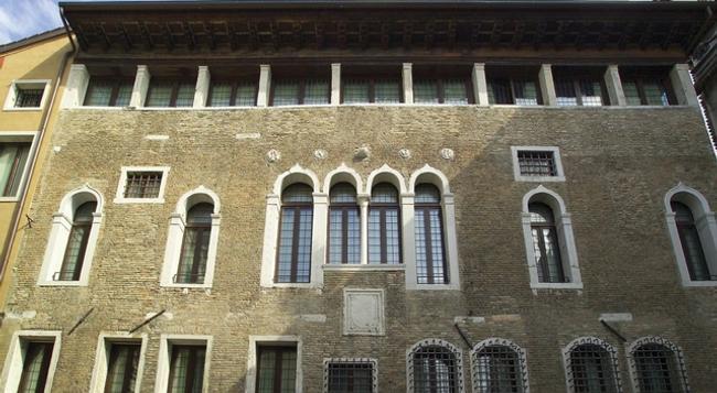 팔라조 셀바데고 - 베네치아 - 건물