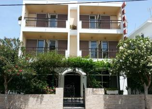 Karis Hotel