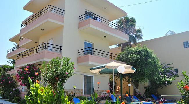 Dimitra & Evdokia Hotel - 하니아 - 건물