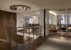 피프티 NYC-아피니아 호텔 - 뉴욕 - 라운지