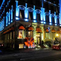 L호텔 Hotel Front - Evening/Night