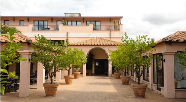 만치니 파크 호텔 - 로마 - 건물