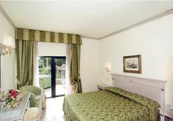 만치니 파크 호텔 - 로마 - 침실