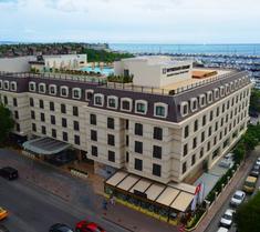 윈덤 그랜드 이스탄불 칼라미스 마리나 호텔