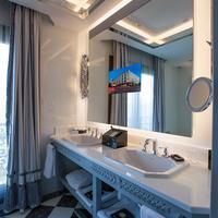 윈덤 그랜드 이스탄불 칼라미스 마리나 호텔 Bathroom
