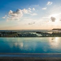 윈덤 그랜드 이스탄불 칼라미스 마리나 호텔 Pool