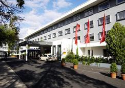 Intercityhotel Frankfurt Airport - 프랑크푸르트 - 건물