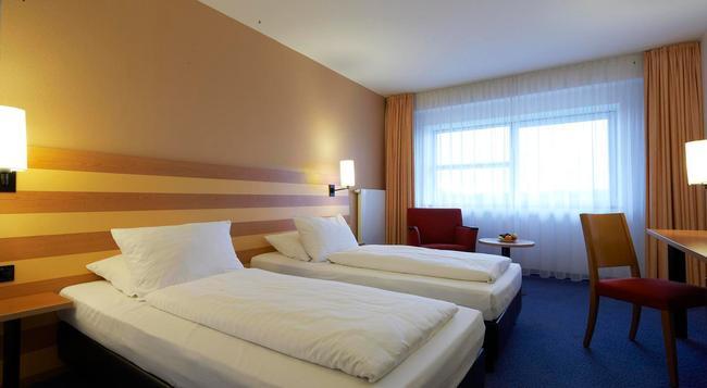 인터시티호텔 프랑크푸르트 공항 - 프랑크푸르트 - 침실