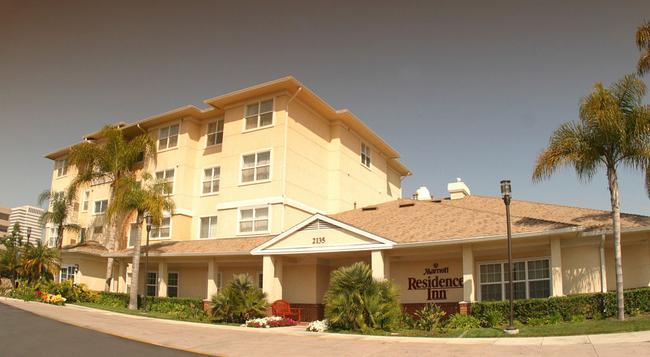 Residence Inn by Marriott Los Angeles LAX El Segundo - 엘세군도 - 건물