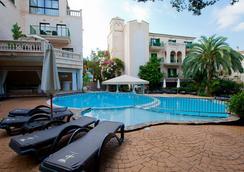 Lago Garden Apart-Suites & Spa Hotel - Cala Ratjada - 수영장